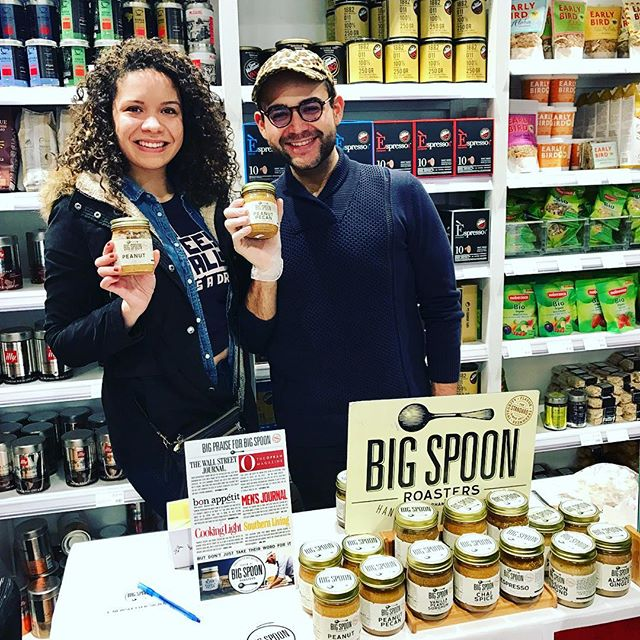 Every day should be Dolce Day at @eatalydowntown! Stop by before 4pm and have a taste of @bigspoonroasters hand crafted nut butters... It's the perfect Valentine's Day gift fof your favorite peanut butter lover!! #yum #nutbutter #valentines #valentinesgift #dolceday #eataly