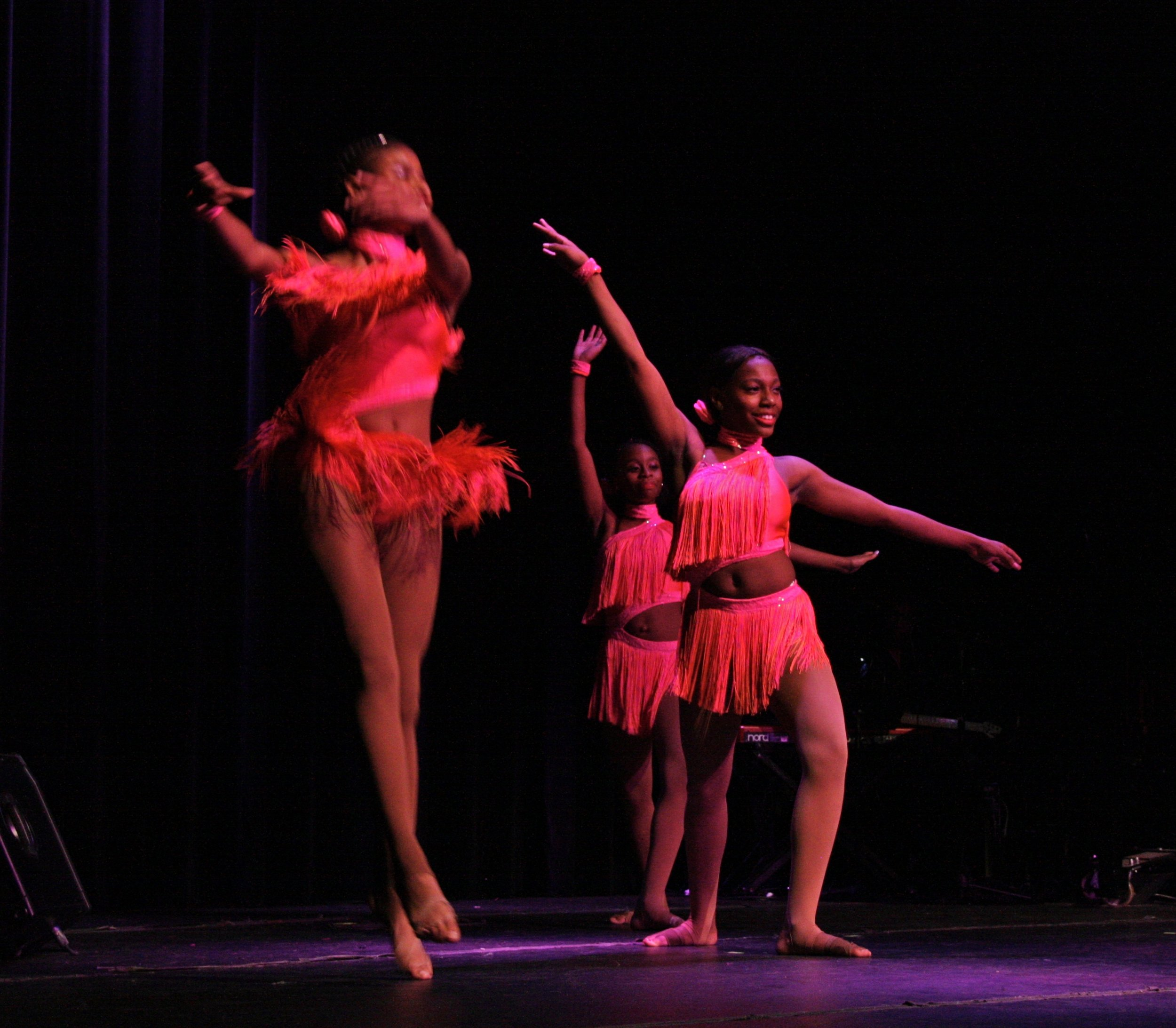 franklin tribute dancers3.jpg