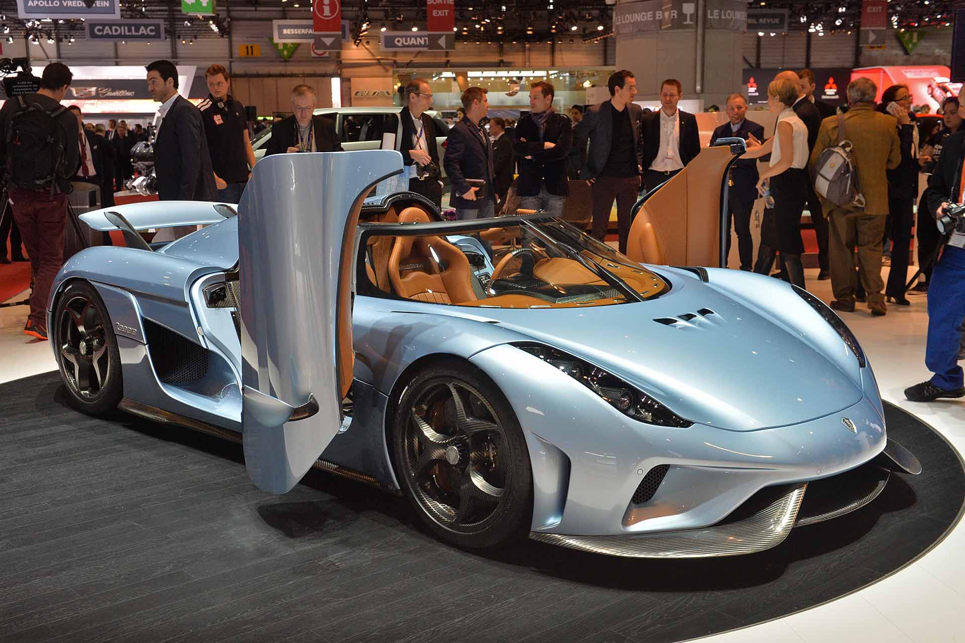 The Koenigsegg Regera: a technological marvel combining an electric motor and a mind-blowing internal combustion engine, with a single speed gearbox.