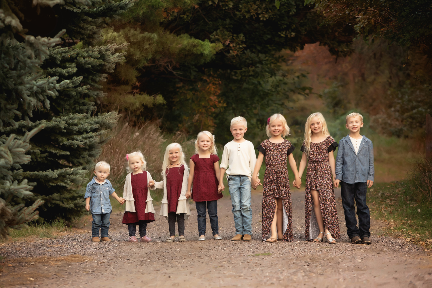 Shalista Photography created this beautiful cousin portrait at Great Bear Park east of Sioux Falls!