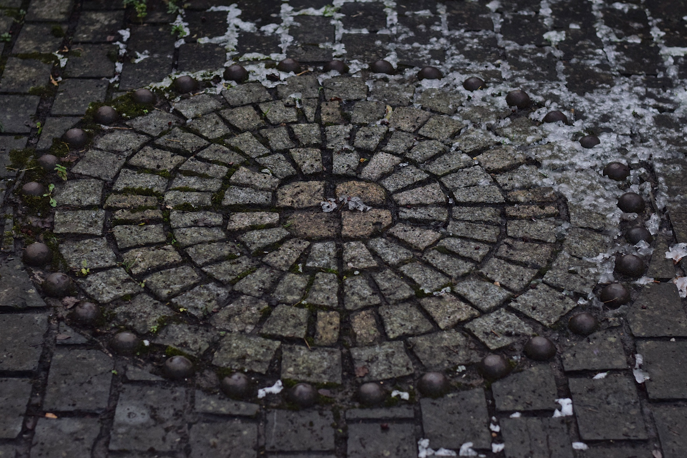 A circle with paving