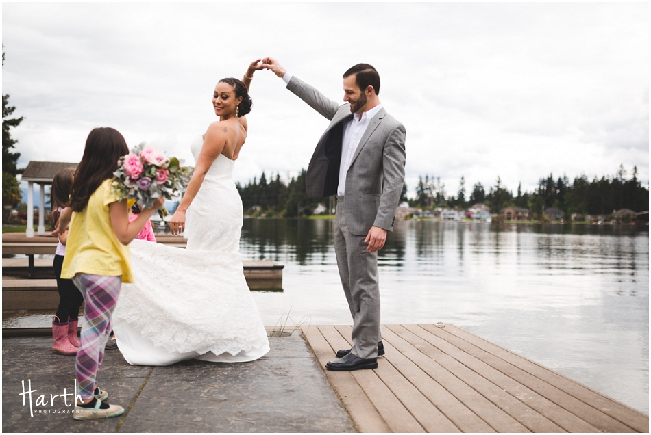 Spinning the bride - Harth Photography