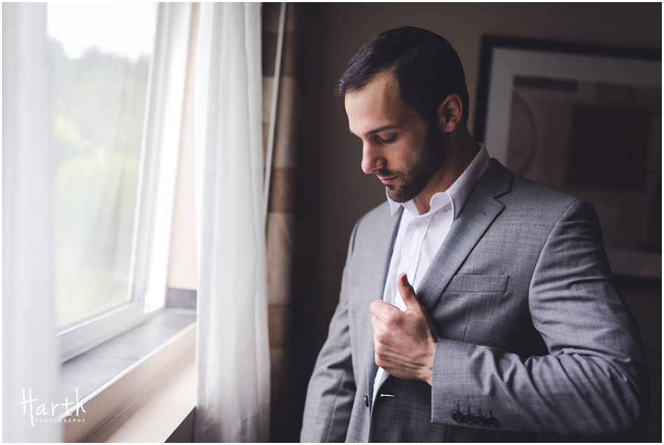 Groom Getting Ready in Hotel - Harth Photography