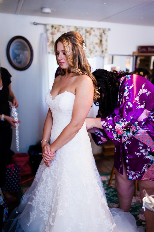 Zipping Up Wedding Dress Snohomish
