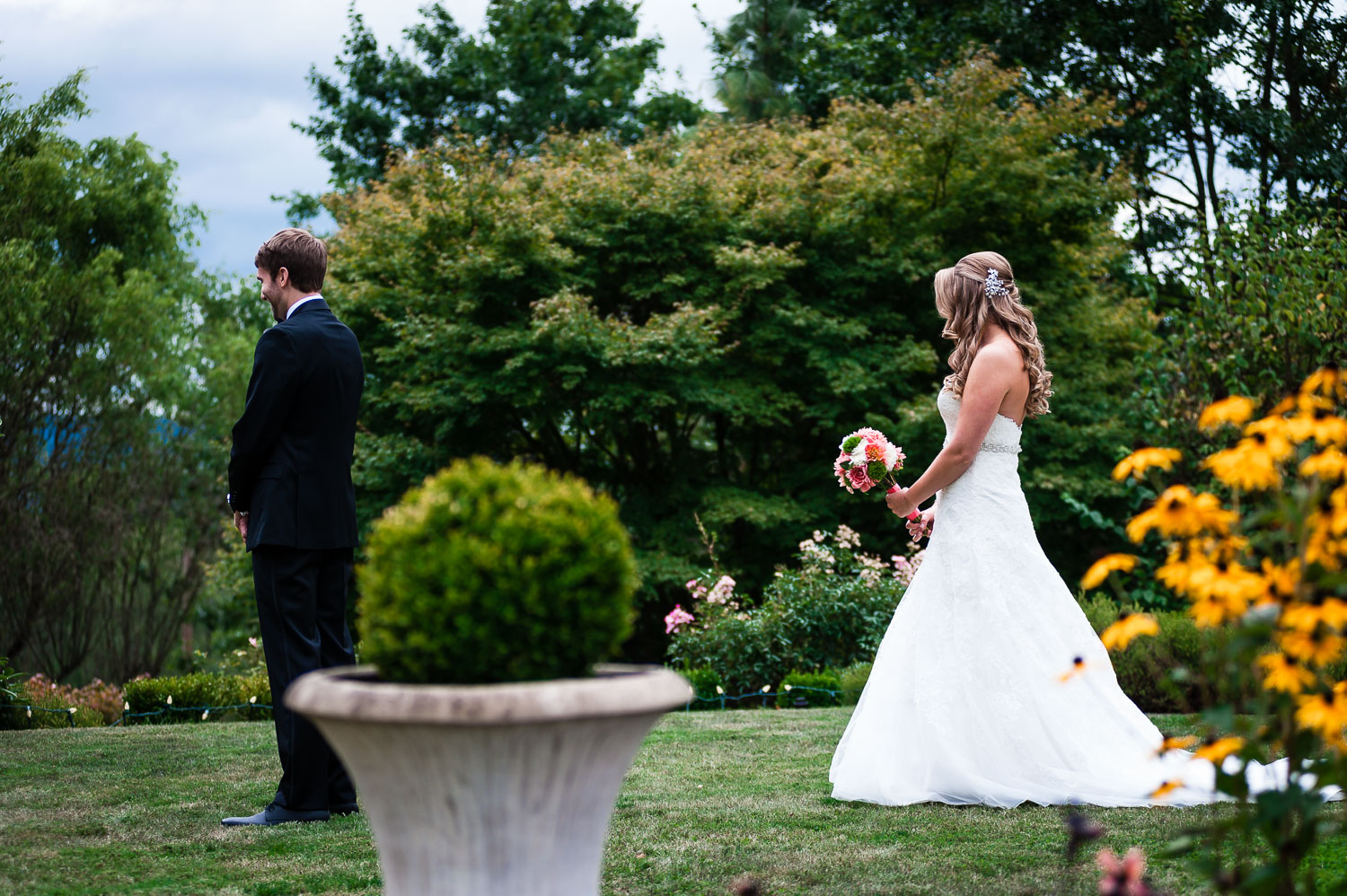 Groom Waits for First Look - Snohomish