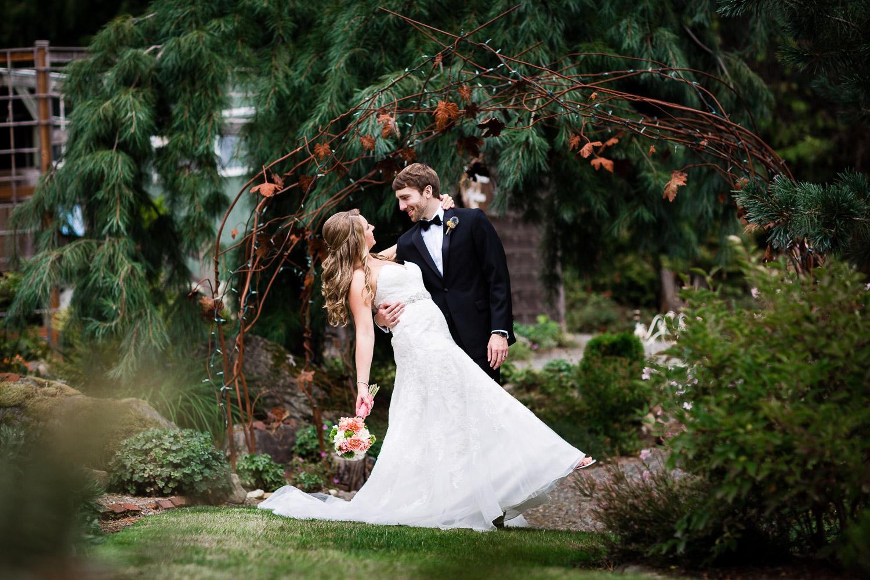Bride and Groom Dip Pose