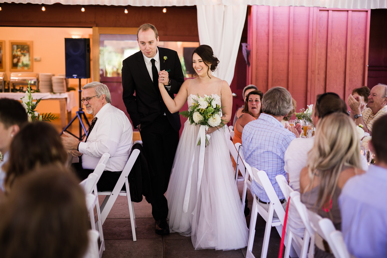 farm-kitchen-wedding-harth-photography-0600.jpg