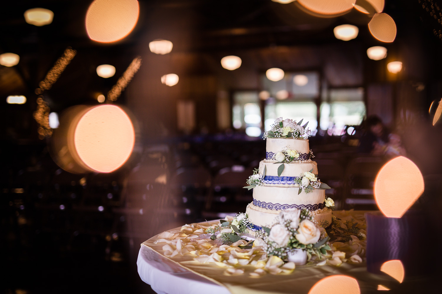 DIY Country Wedding Cake with Lace