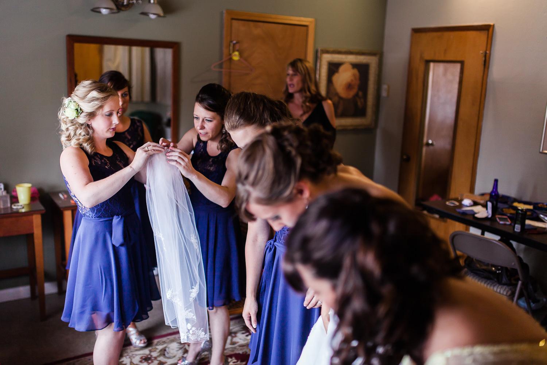 Lake Lawrence Yelm Wedding-201.jpg