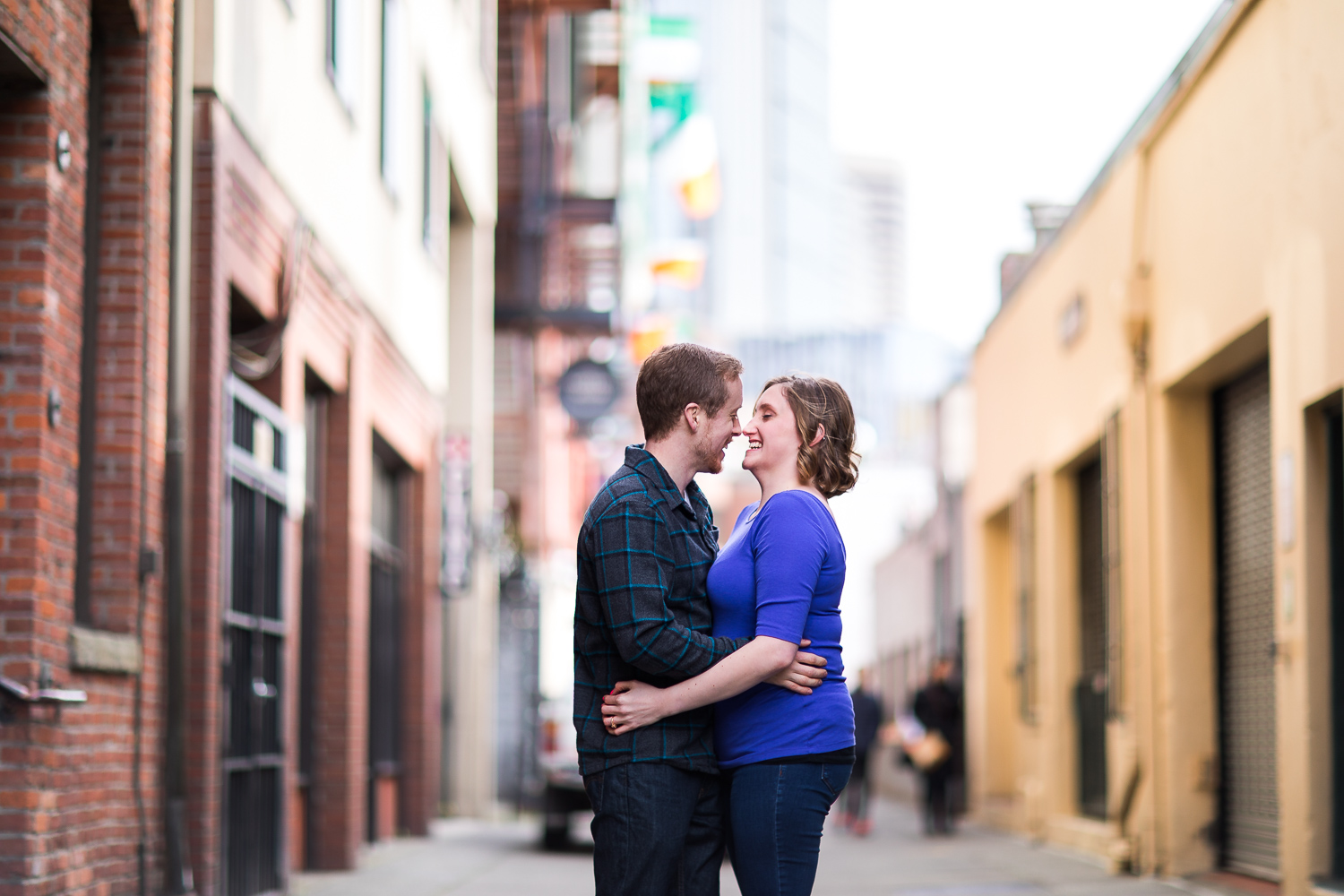 pike-place-seattle-engagement-006.jpg