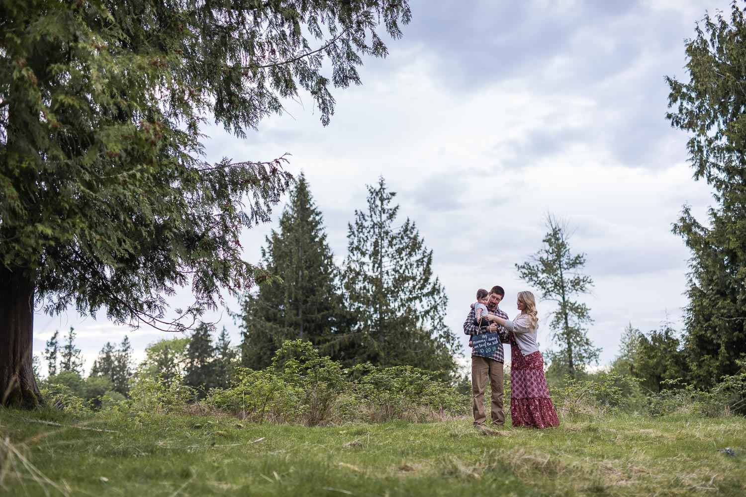 backyard-country-style-engagement-harth-photography-06.jpg
