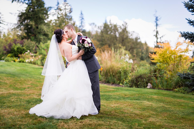 wild-rose-weddings-arlington-chris-harth-photography-212.jpg