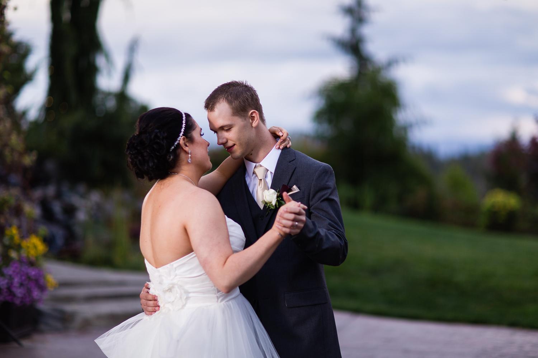 wild-rose-weddings-arlington-chris-harth-photography-821.jpg