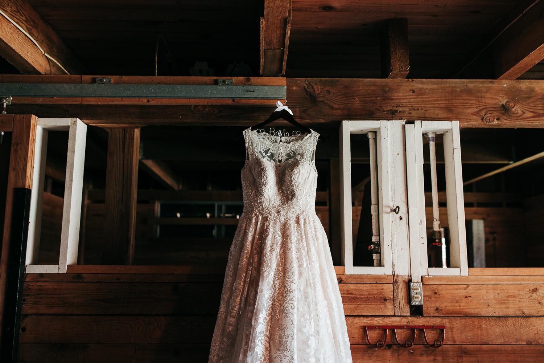 rein-fire-ranch-wedding-010.jpg