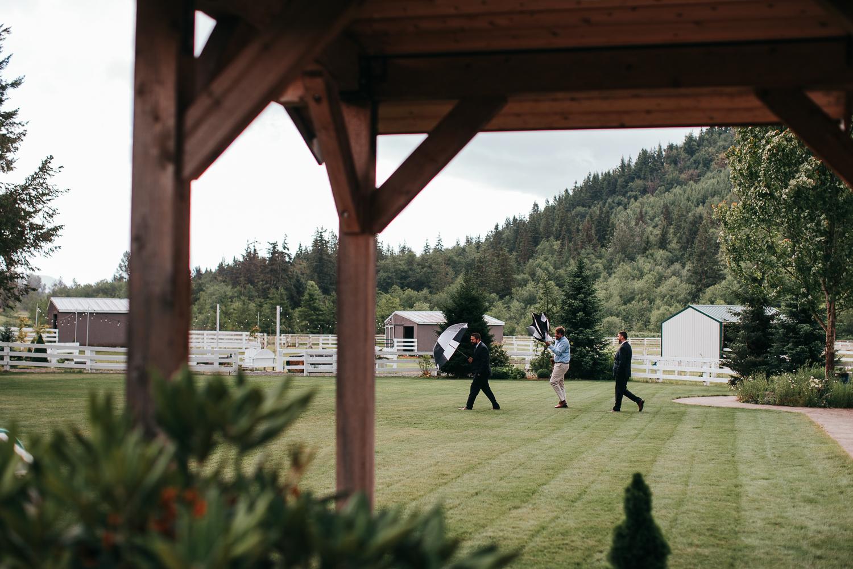 rein-fire-ranch-wedding-200.jpg