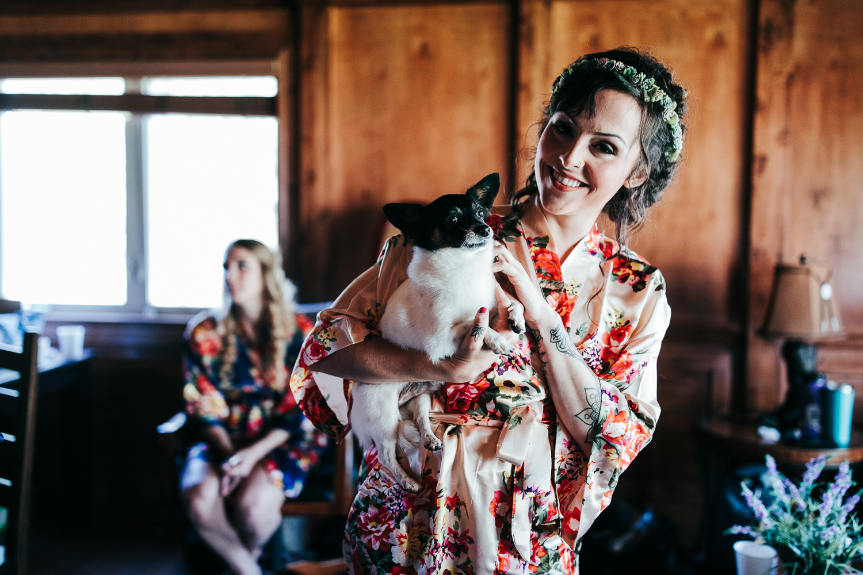 cle-elum-wedding-photographer-cattle-barn-0196.jpg