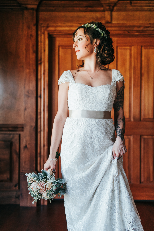 cle-elum-wedding-photographer-cattle-barn-0249.jpg