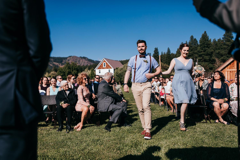 cle-elum-wedding-photographer-cattle-barn-0630.jpg