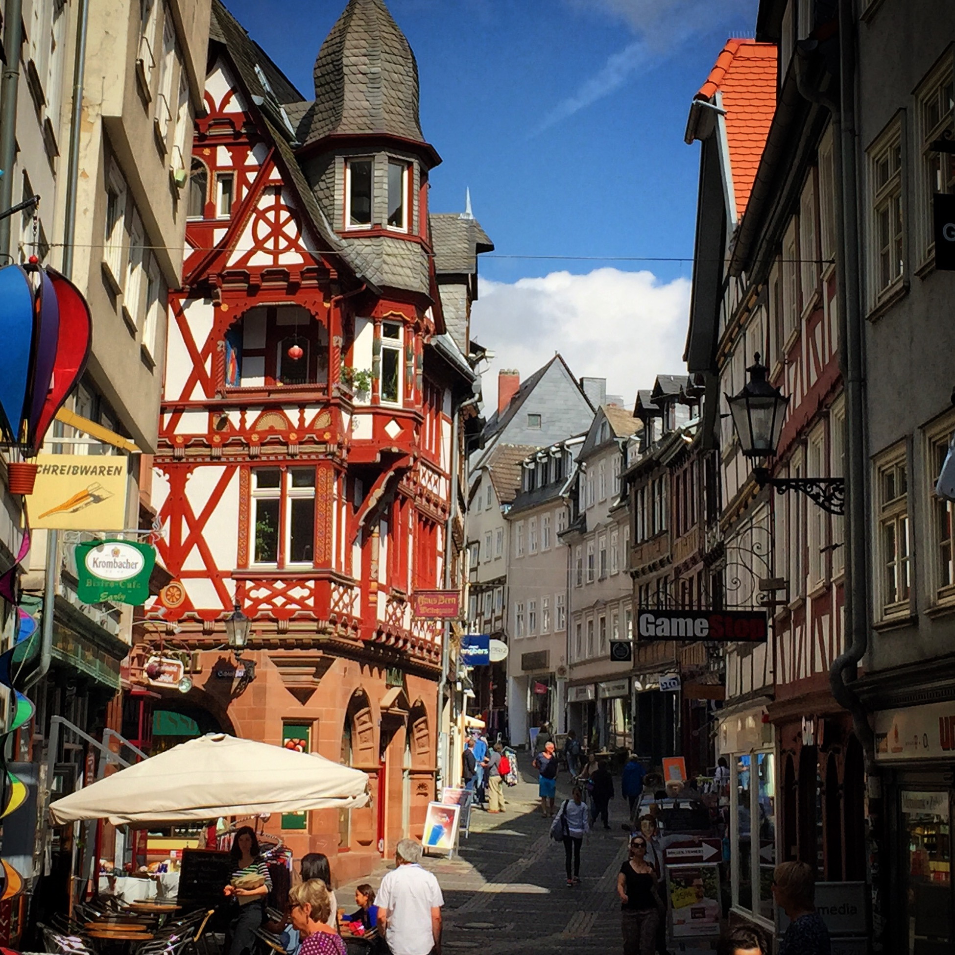 The shops and streets of the Oberstadt.