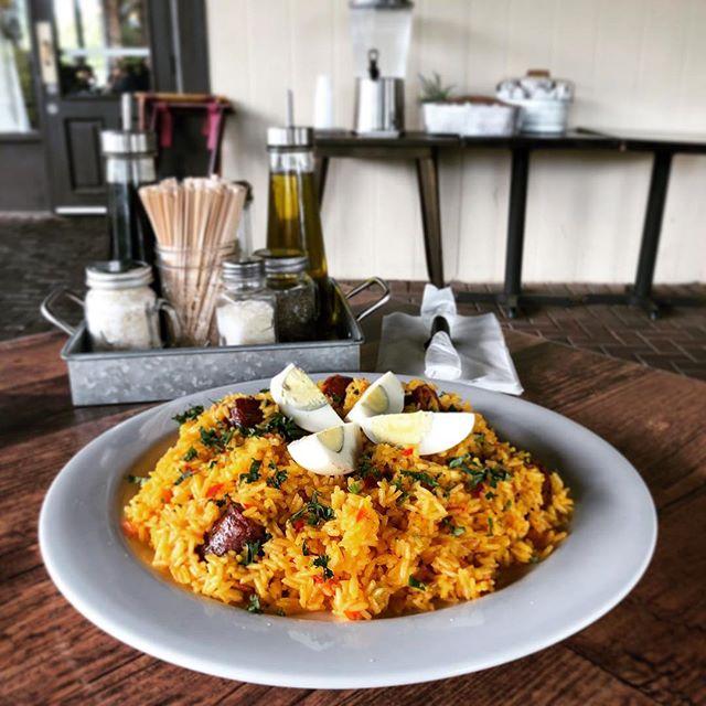 A R R O Z  C O N  C H O R I Z O  Because you all deserve a little treat 🙌🏻 . . . #Chorizo #WednesdayVibes #LOVESOFRITO . . . . #deliciousfood #disneyworld #eatlocal #eatingfortheinsta #foodie #foodstagram #fresh #homemadefood #hungry #instagood #instafoodie #latinfood #mmm #nomnomnom #orlando #tasty #yummyfood