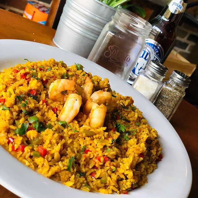 Today's Special: Rice with sautéed shrimps ☀️ . . .  #LOVESOFRITO . . . . #deliciousfood #disneyworld #eatlocal #eatingfortheinsta #foodie #foodstagram #fresh #homemadefood #hungry #instagood #instafoodie #latinfood #mmm #nomnomnom #orlando #tasty #yummyfood