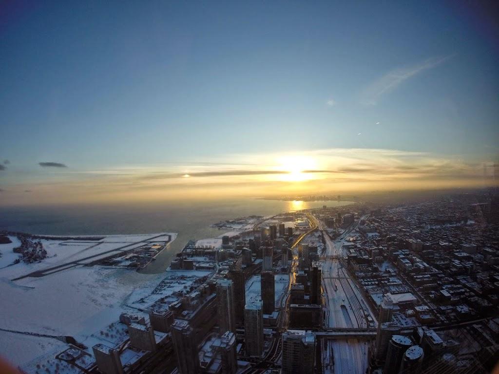 por-do-sol-CN-Tower.jpg