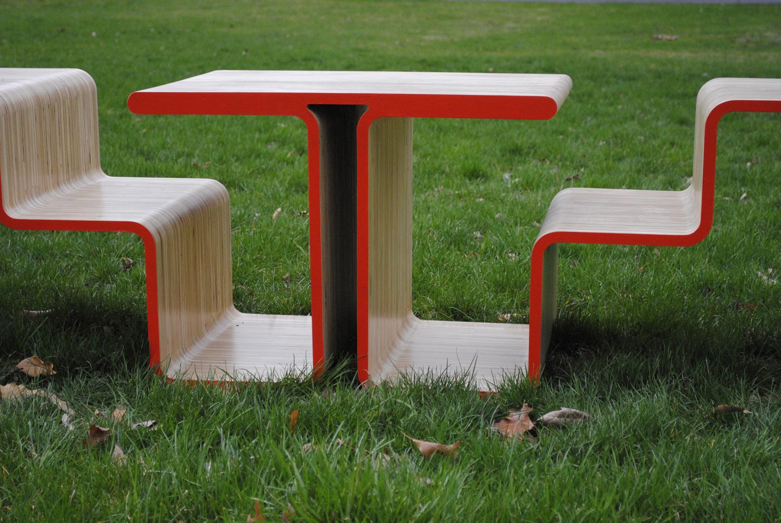 bench05.jpg