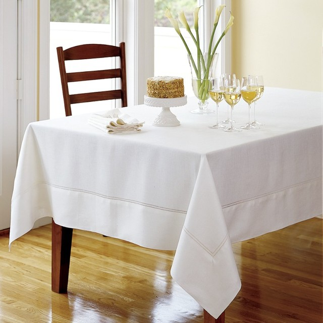 traditional-tablecloths.jpg