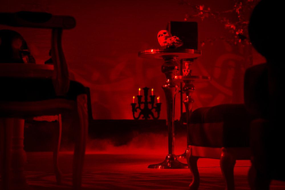 TheBank-gothic3.jpg