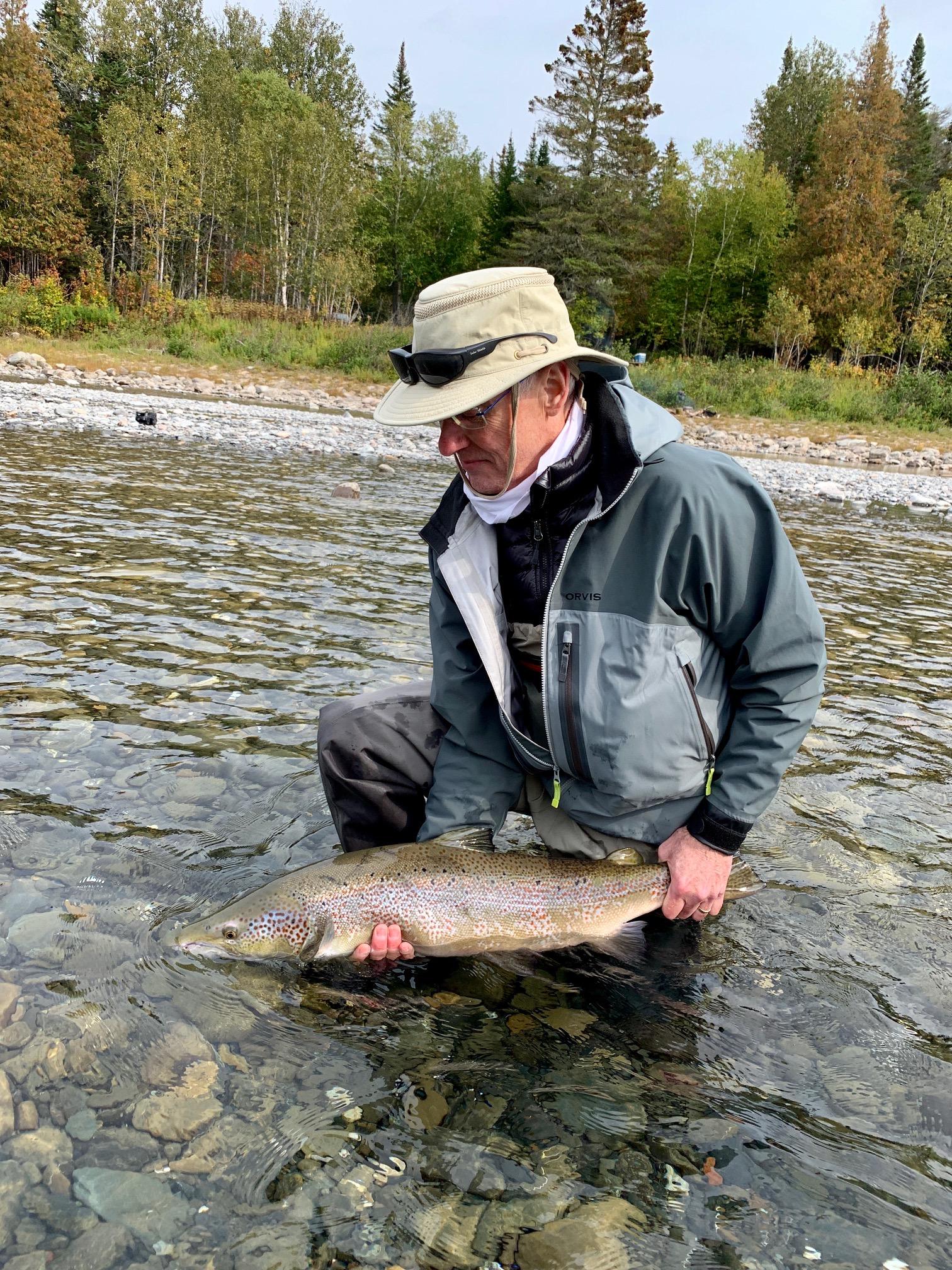 John Wemekamp a capturé ce superbe saumon sur la rivière Bonaventure. Félicitations, John! À l'année prochaine!