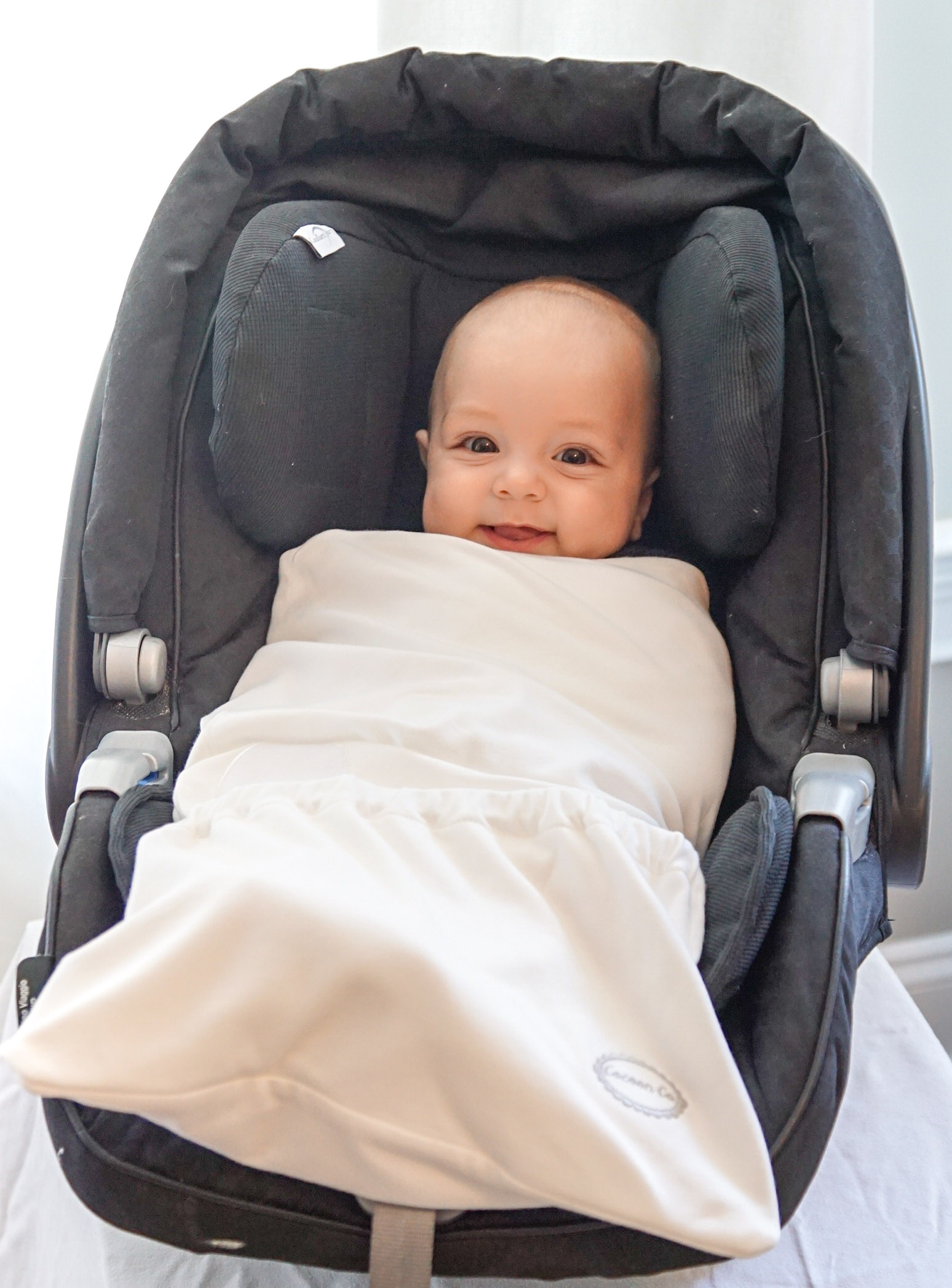 Silver Shade Group | Entrepreneur Spotlight: The Cocoon Co Car Seat Swaddle