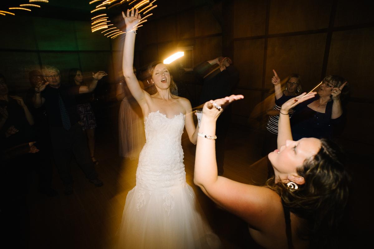Hope Glen Farm Wedding-15.jpg