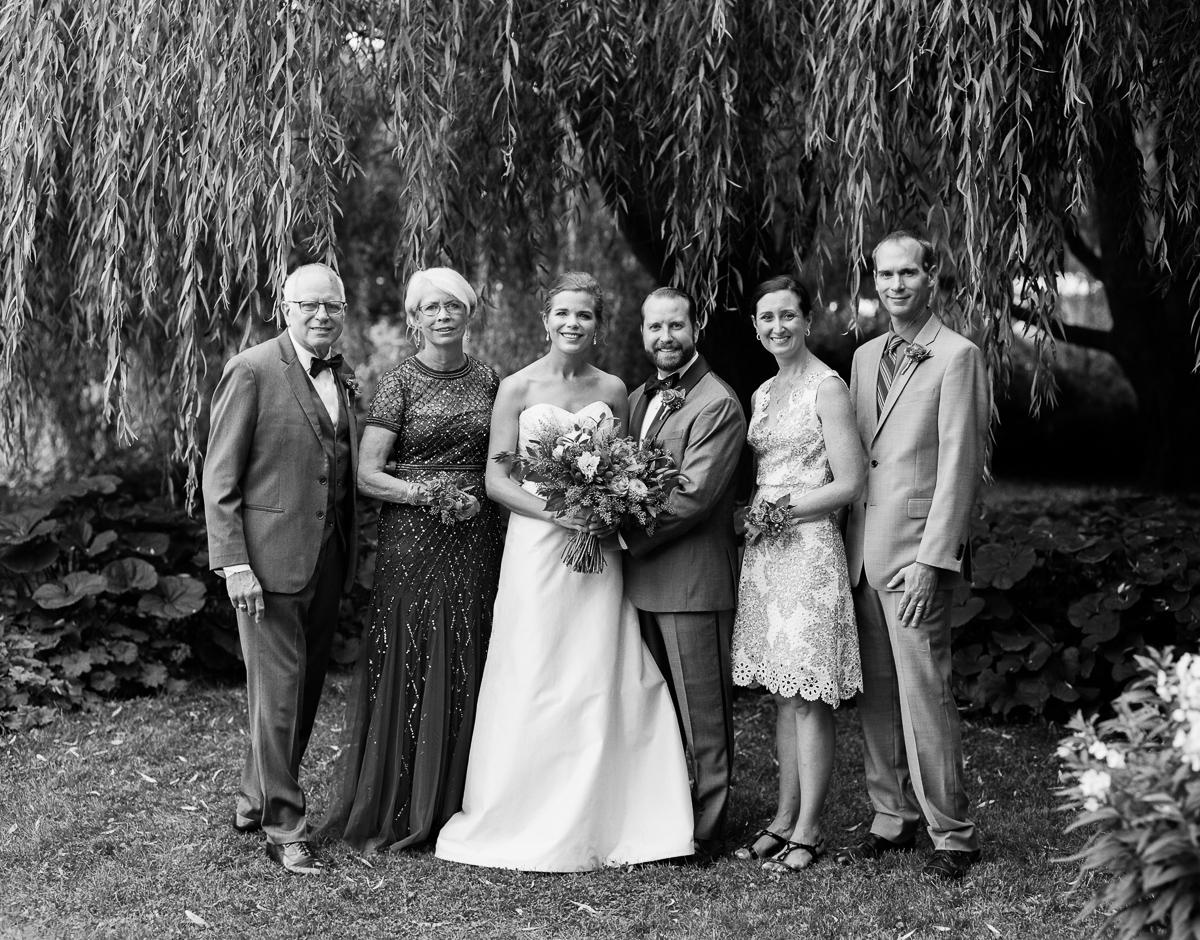Stouts Island Lodge Wedding Photographer-62.jpg