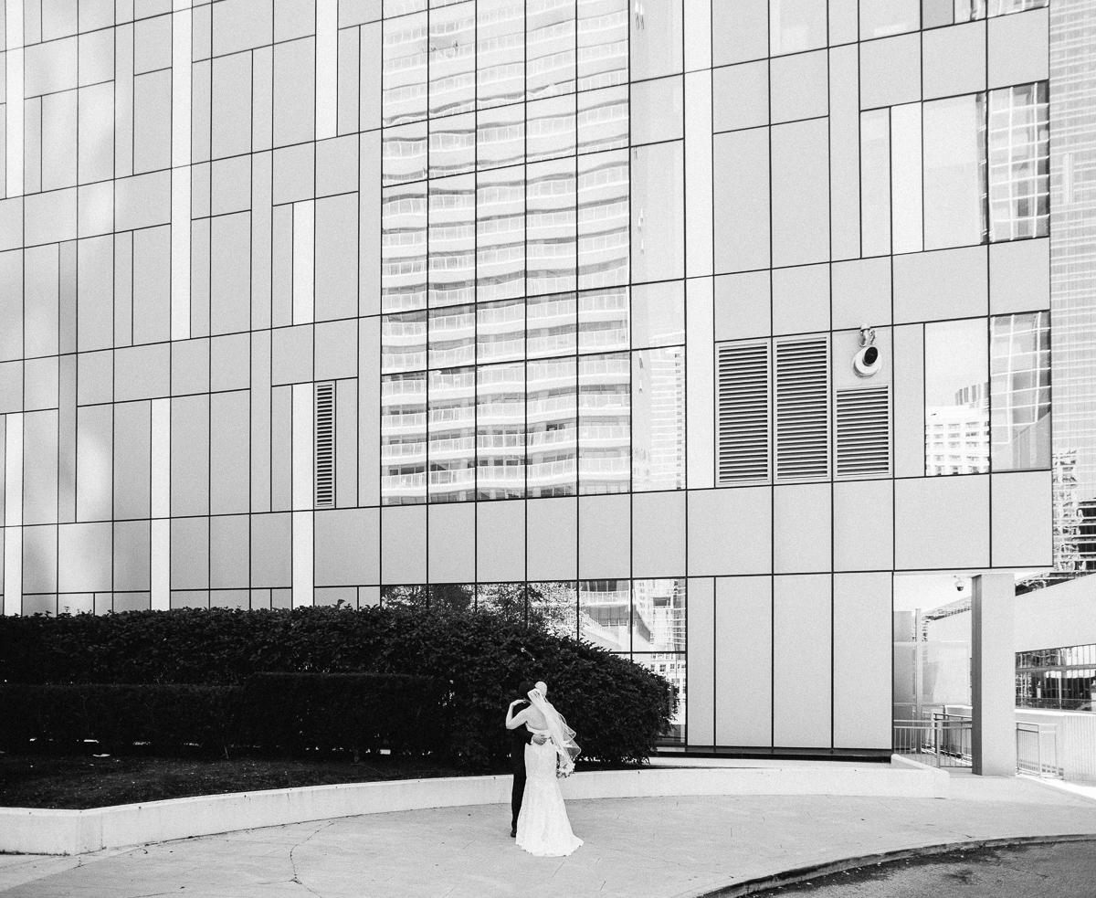 Columbia Yacht Club Wedding Chicago Wedding-7.jpg