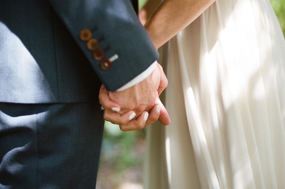 Stouts Island Lodge Wedding Photographer-8.jpg