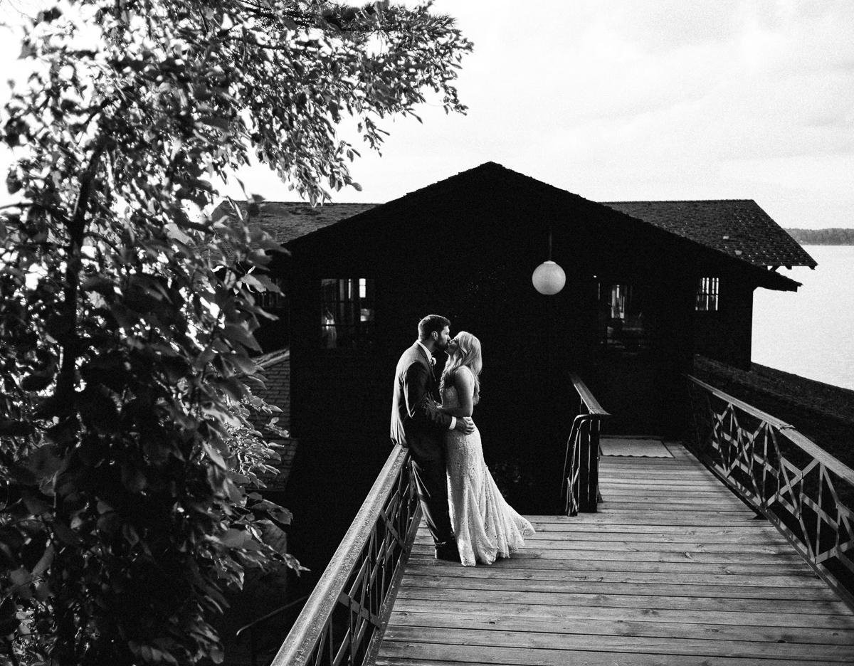 Stouts Island Lodge Wedding-10.jpg