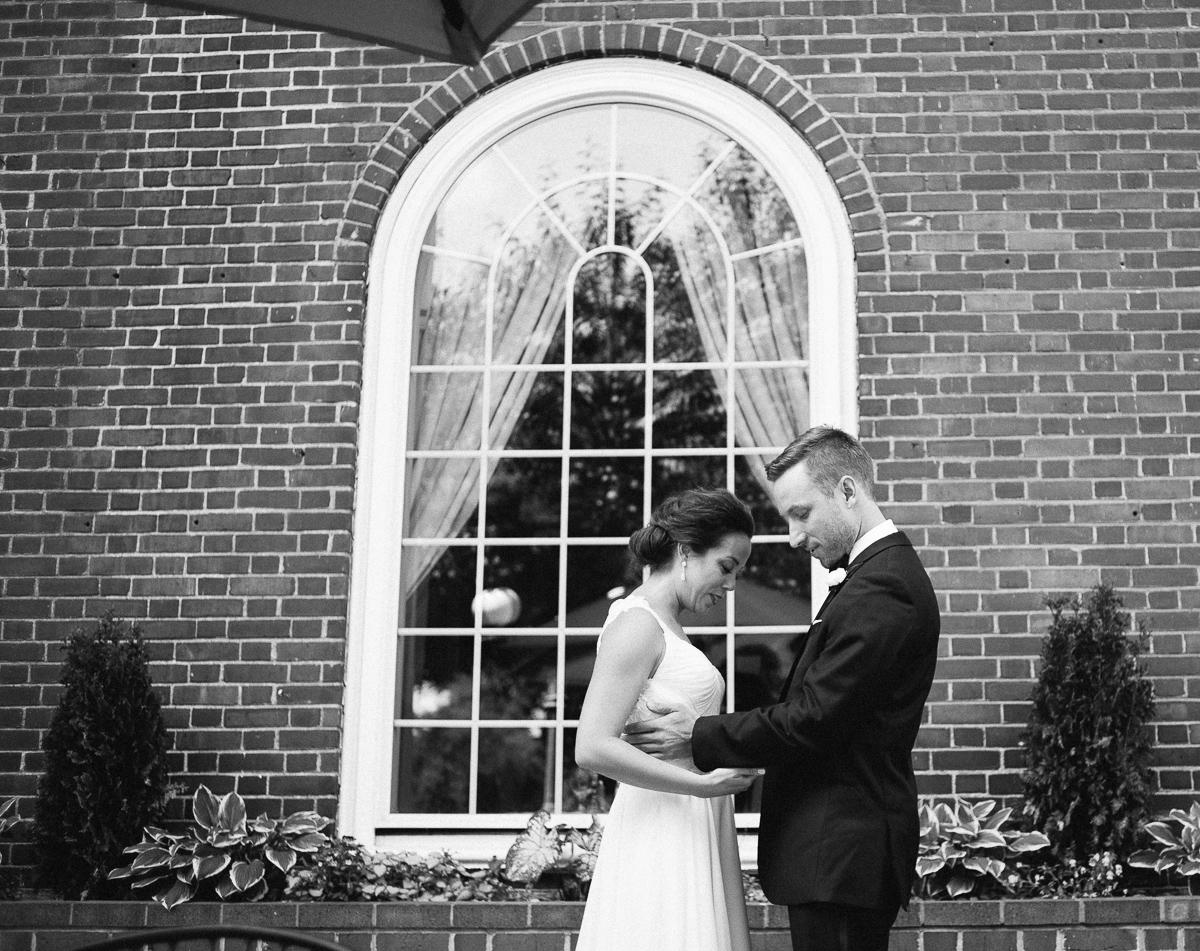 Minneapolis Wedding Photographer-15.jpg