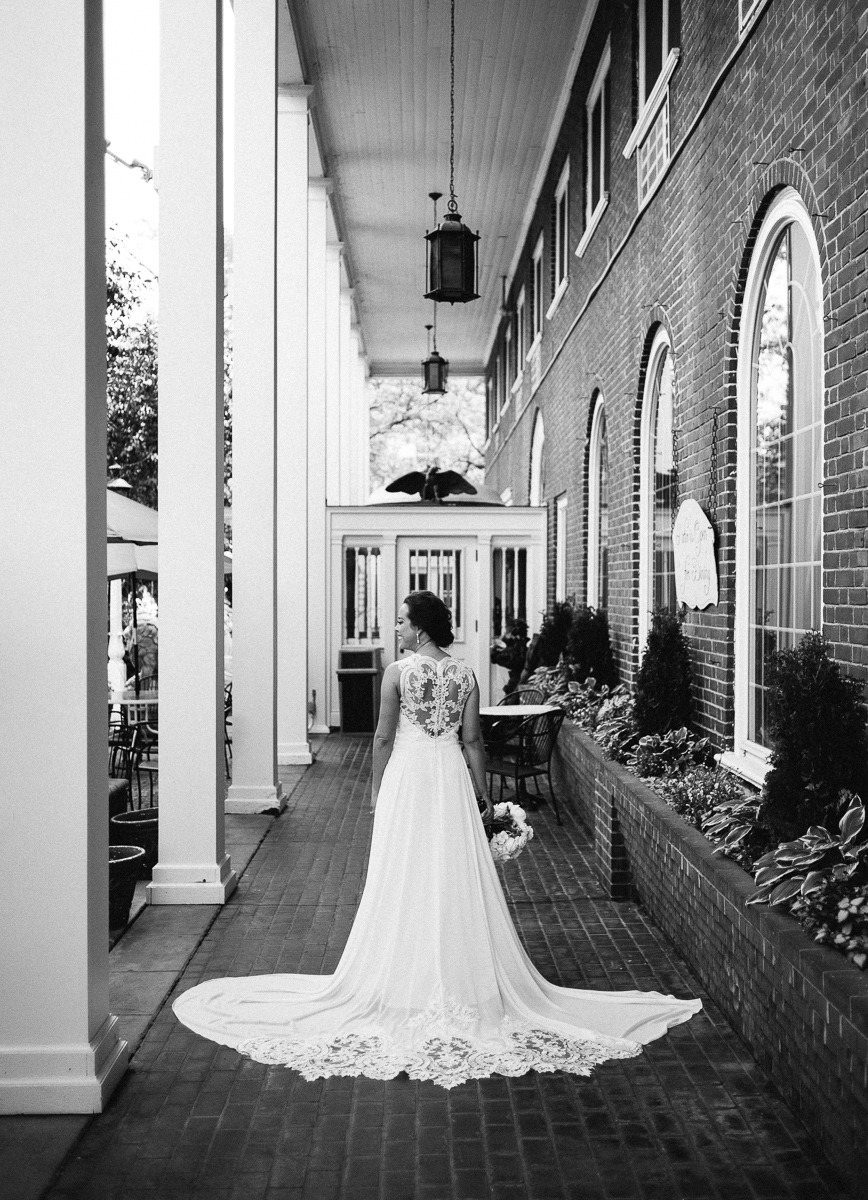 Minneapolis Wedding Photographer-16.jpg