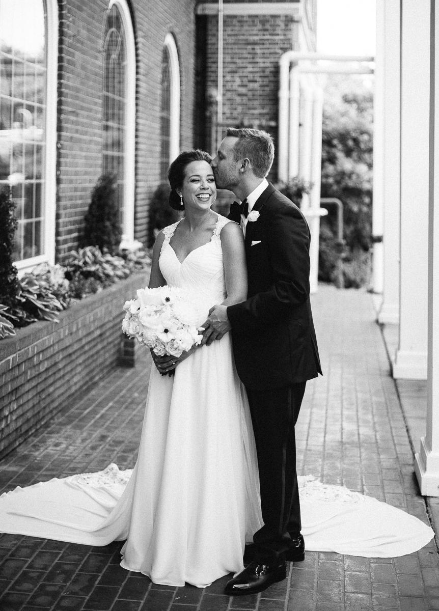 Minneapolis Wedding Photographer-73.jpg