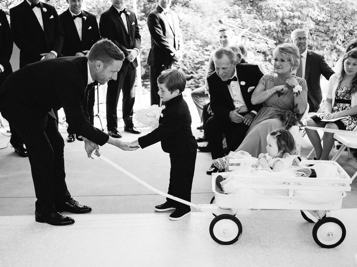 Minneapolis Wedding Photographer-92.jpg