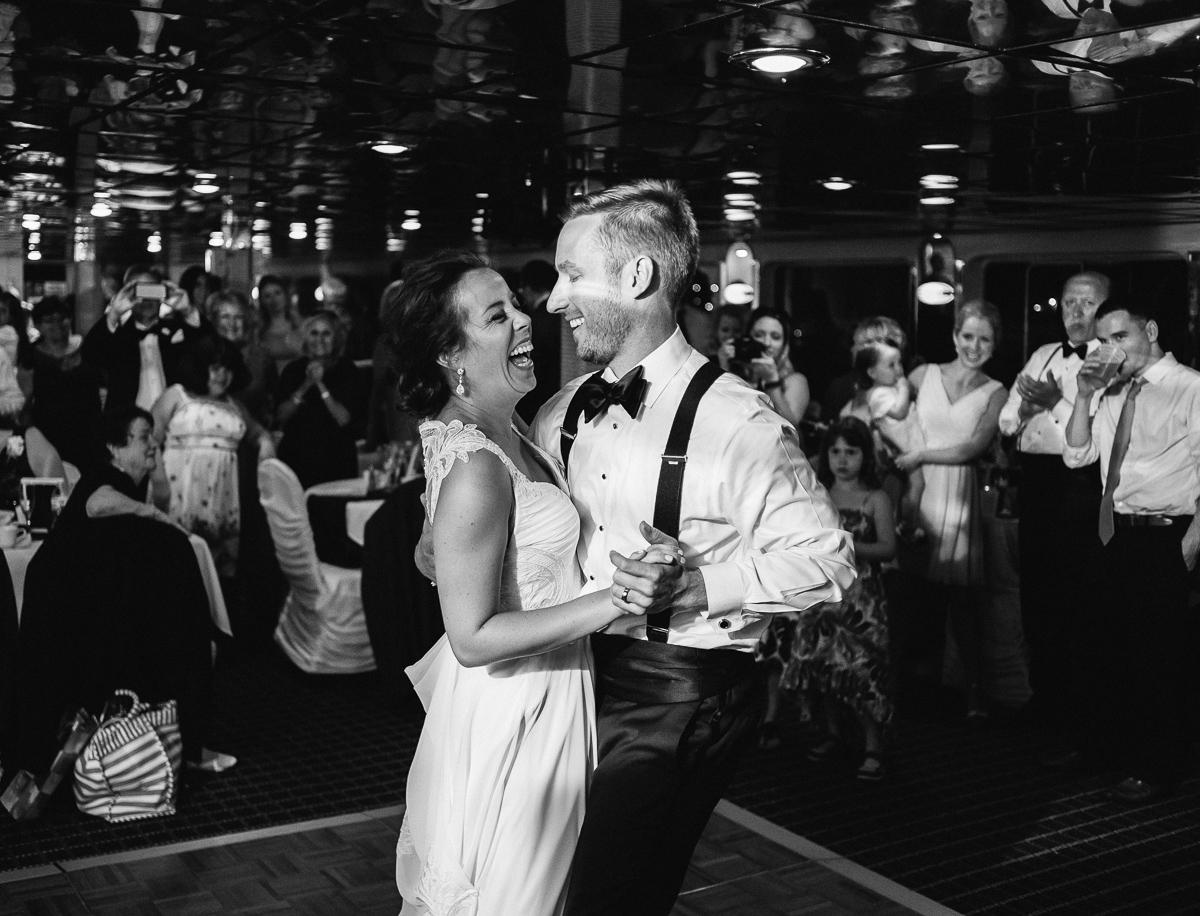 Minneapolis Wedding Photographer-107.jpg