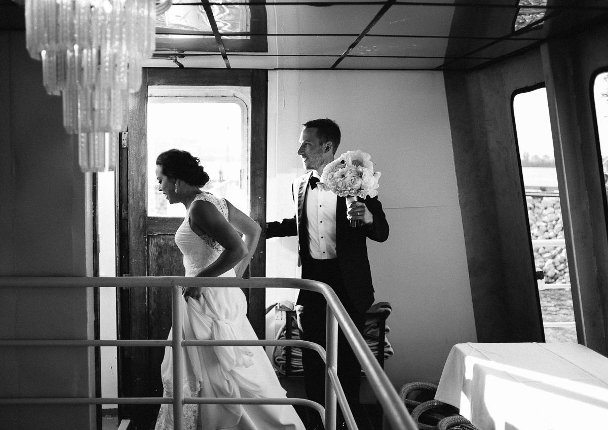 Minneapolis Wedding Photographer-110.jpg