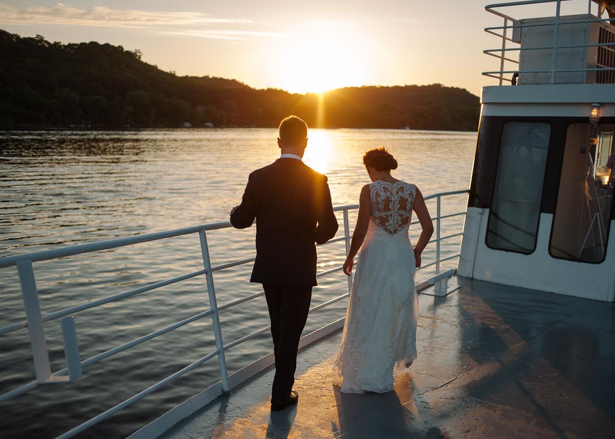 Minneapolis Wedding Photographer-114.jpg