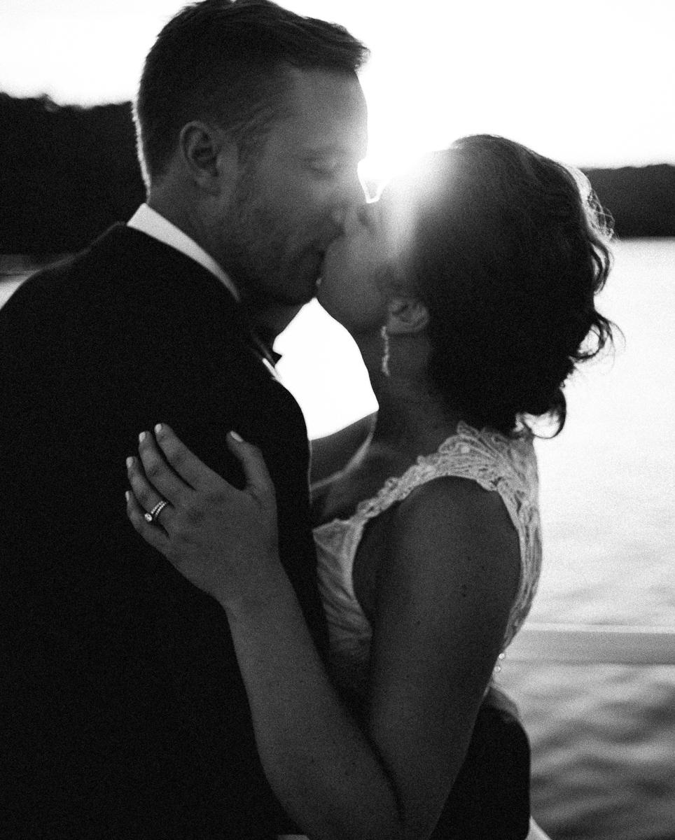 Minneapolis Wedding Photographer-122.jpg