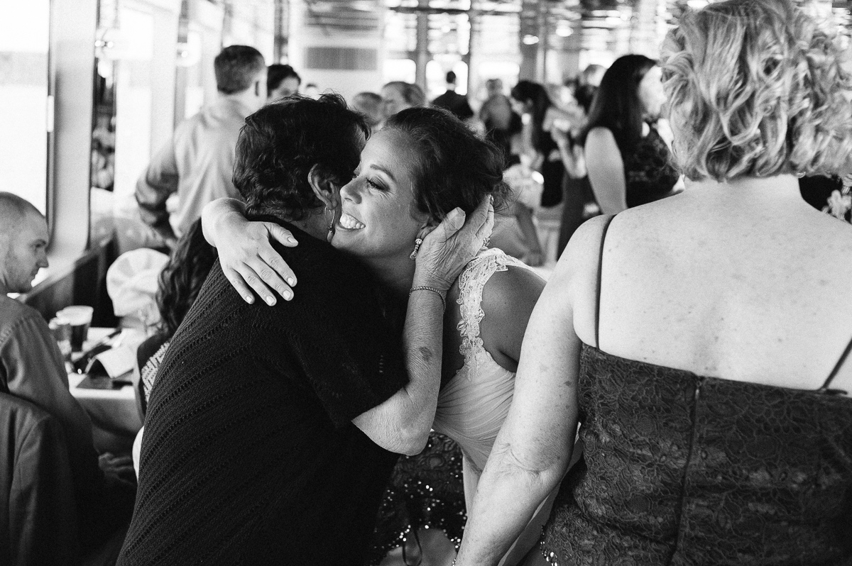 Minneapolis Wedding Photographer-125.jpg