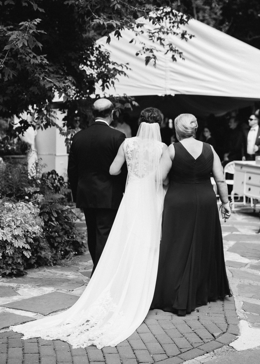 Minneapolis Wedding Photographer-132.jpg