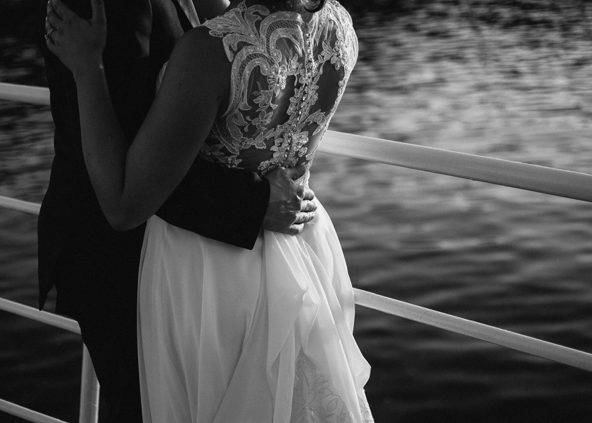 Minneapolis Wedding Photographer-136.jpg