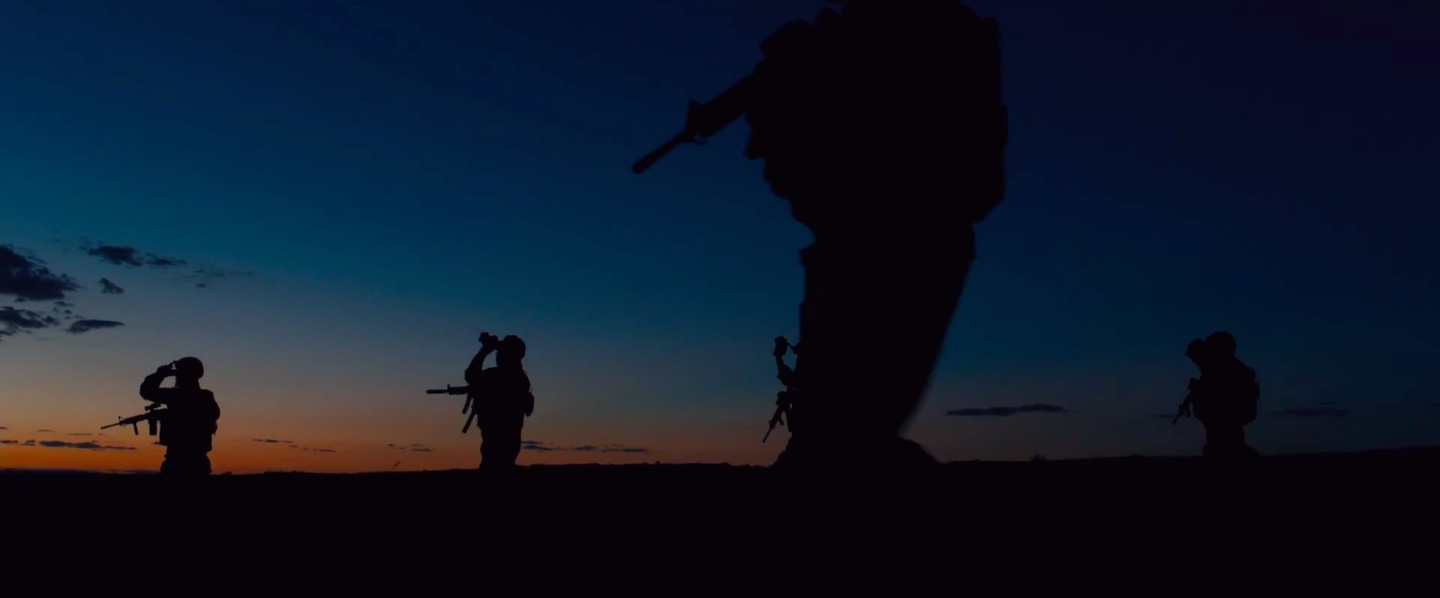 This is my favorite shot from the movie. There's some really great cinematography work in SICARIO.   Image credit:loganbushey.files.wordpress.com