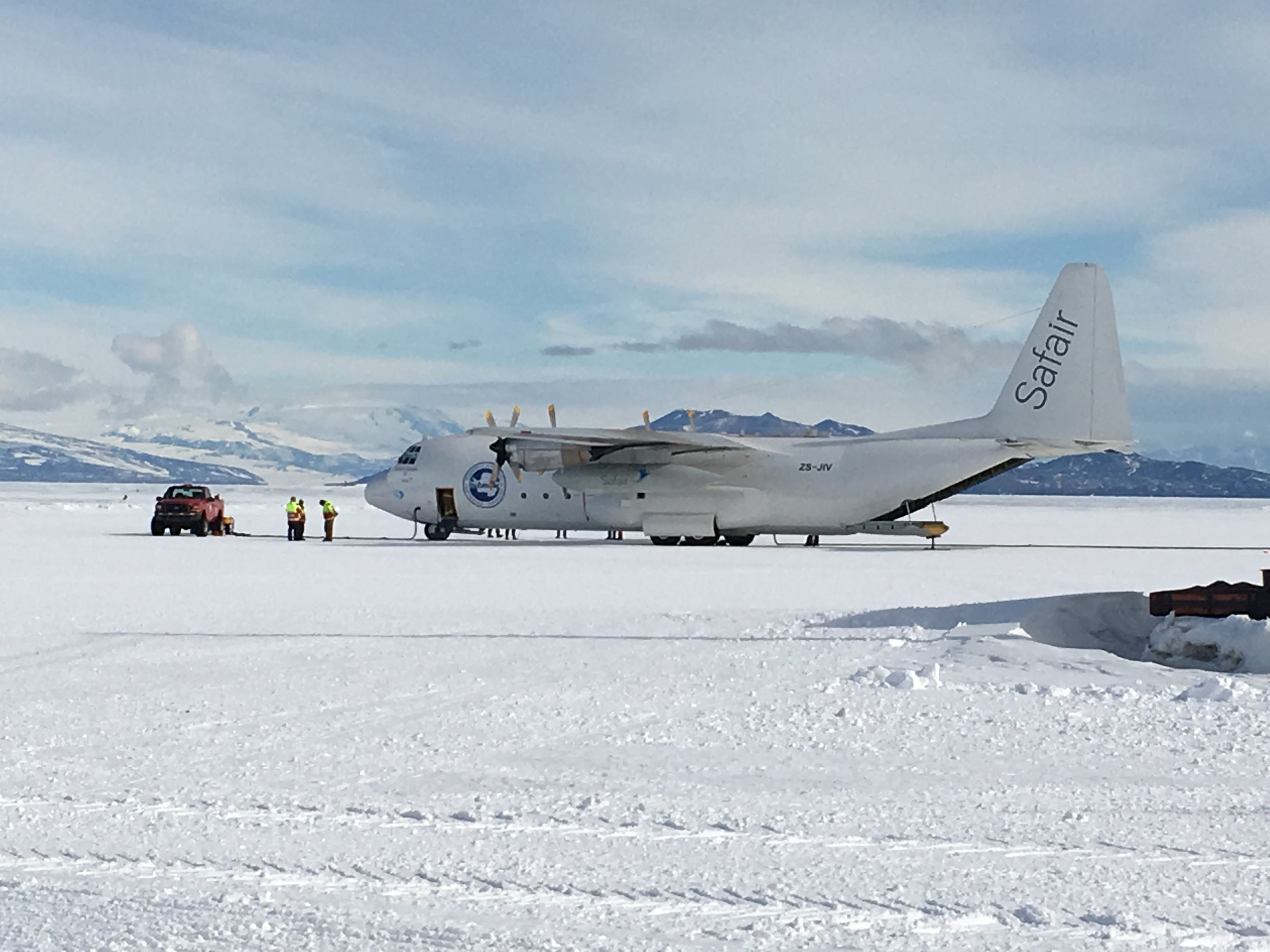 Our ride back from McMurdo to Christchurch: a Safair (South African Airlines) L-100 chartered by the Italian Antarctic Program.