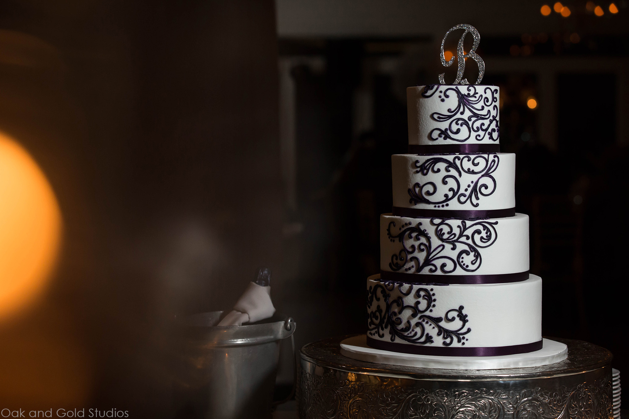 ultra violet wedding cake.jpg